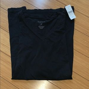 Barney's New York men's black t shirt w tag L